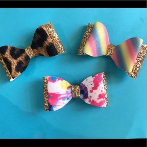 Three 4 Inch hair bows with Alligator clips
